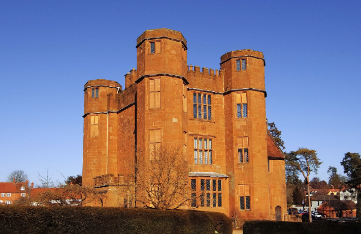 School History Trip to Kenilworth Castle and Stratford-Upon-Avon